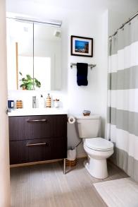 420 9th st bathroom